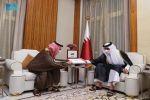 وزير الخارجية يُسلّم أمير قطر دعوة من خادم الحرمين الشريفين لزيارة المملكة