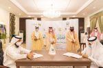 أمير منطقة الجوف يستقبل وزير الموارد البشرية ويشهد توقيع 6 اتفاقيات و7 عقود تمويل لأبناء المنطقة