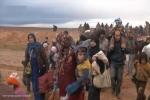 معارك الحسكة تدفع بالآلاف السوريين إلى تركيا