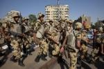 مصدر عسكري مصري ينفي محاكمة عدد من ضباط الجيش بالتخطيط لانقلاب عسكري